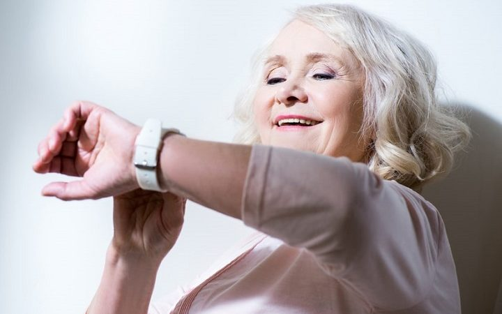 best smartwatch for seniors