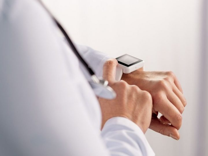 best smartwatches for nurses