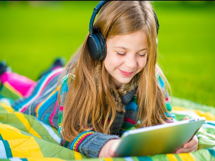 Is It Safe For My Child To Use Earbuds?